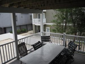 Back Middle Deck